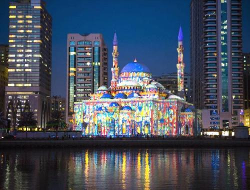 images/2020/Apr2020/21/Sharjah-Light-Festival-Masjid-Al-Noor-768x513.jpg